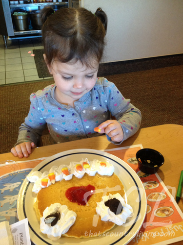 pancake decorating
