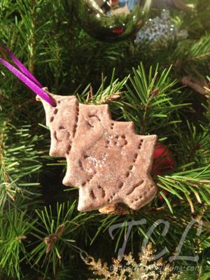 applesauce ornament c