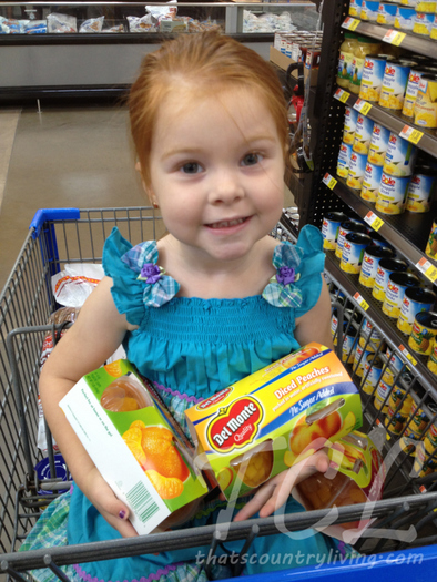 l lily with del monte fruit cups