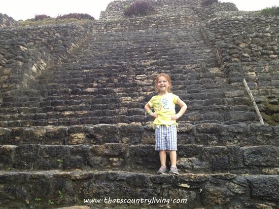 Chacchoben Mayan Ruins Costa Maya z