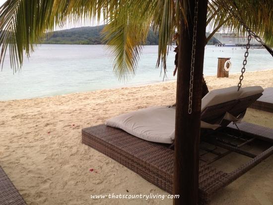 Roatan Honduras Mahogany Beach f