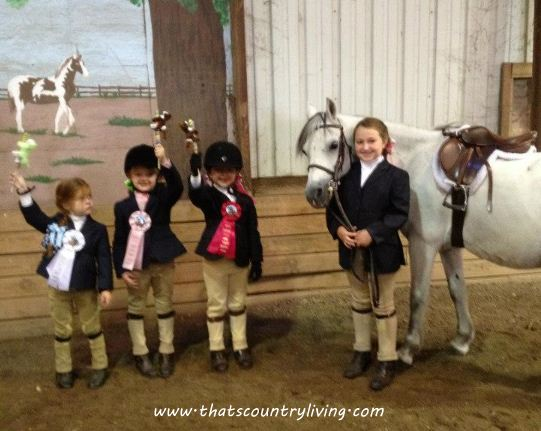 girls at horse show