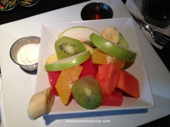 miami fruit plate